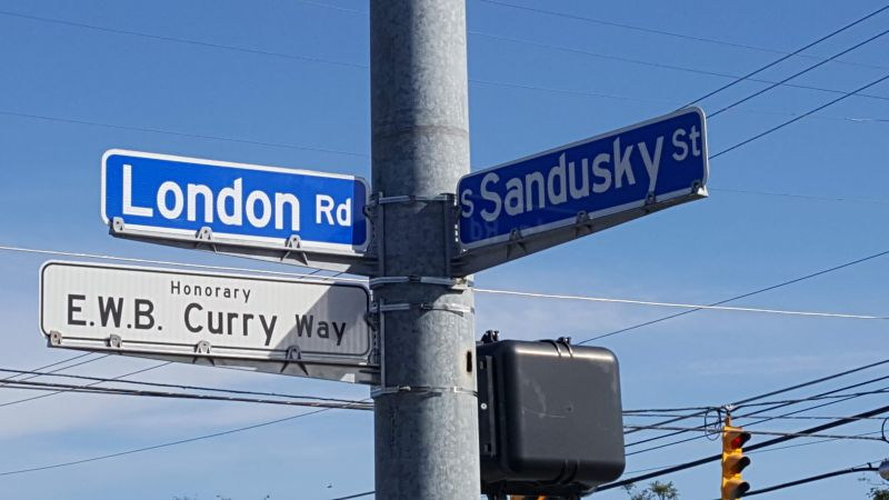 Curry Street Sign